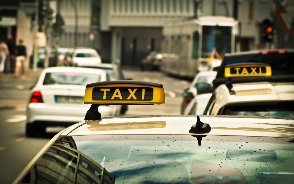 Przegląd taxi Ursynów